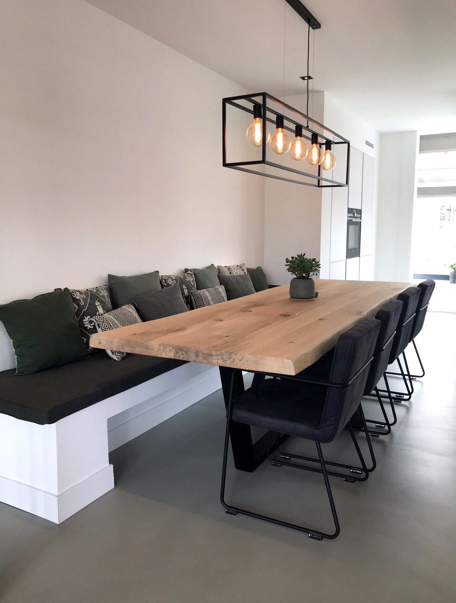 Pin By Masa Tislar On House Beautiful Dining Rooms Dining Table With Bench Dining Room Decor Beautiful dining rooms houzz