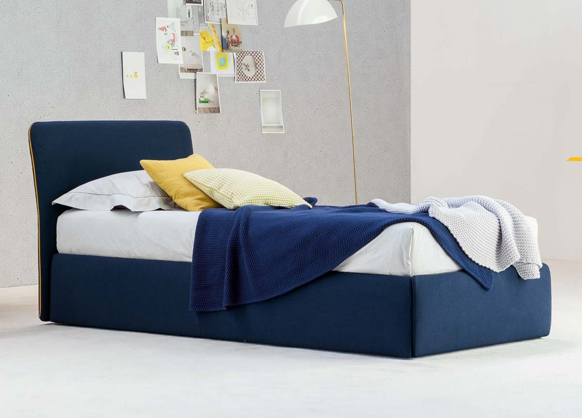 Bonaldo True Single Bed expensive but lovely colour and shape Can