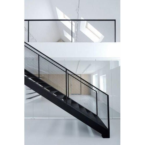 Best Industrial Staircase Railing In 2020 Industrial 400 x 300