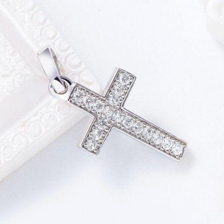 51cd9b60111 Cruz oro blanco 17 diamantes. Creadas individualmente y con acabado  artesanal para que cada una