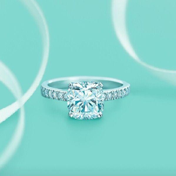 tiffany co ring wedding ring tiffany wedding season pinterest tiffany ring and wedding. Black Bedroom Furniture Sets. Home Design Ideas