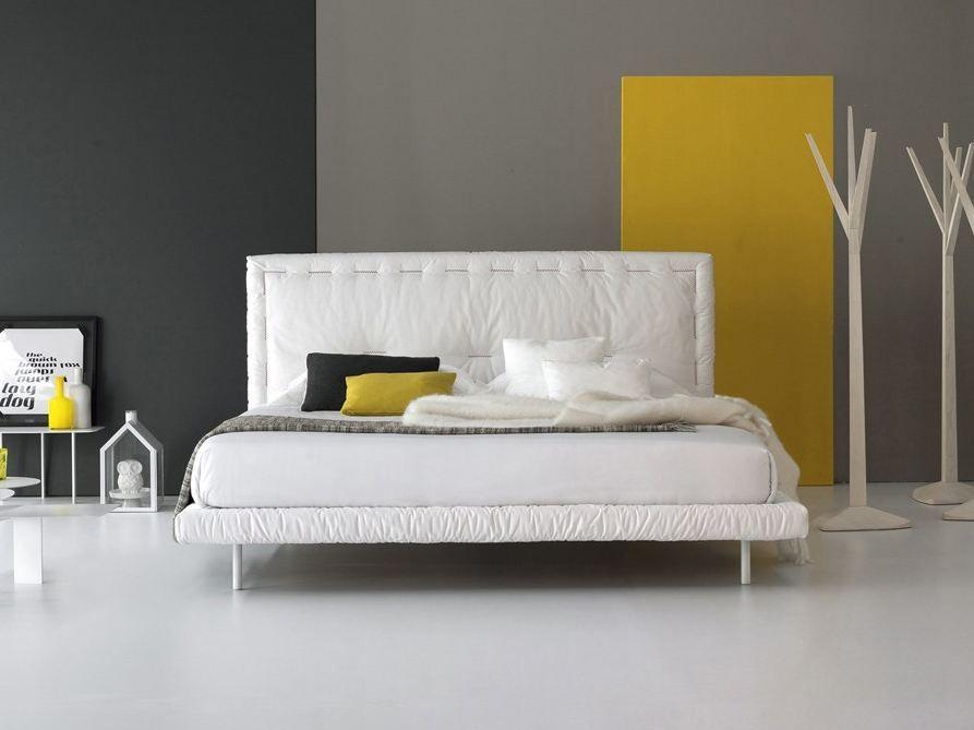 Cama con cabecera tapizada EUREKA by Bonaldo | diseño Giuseppe ...