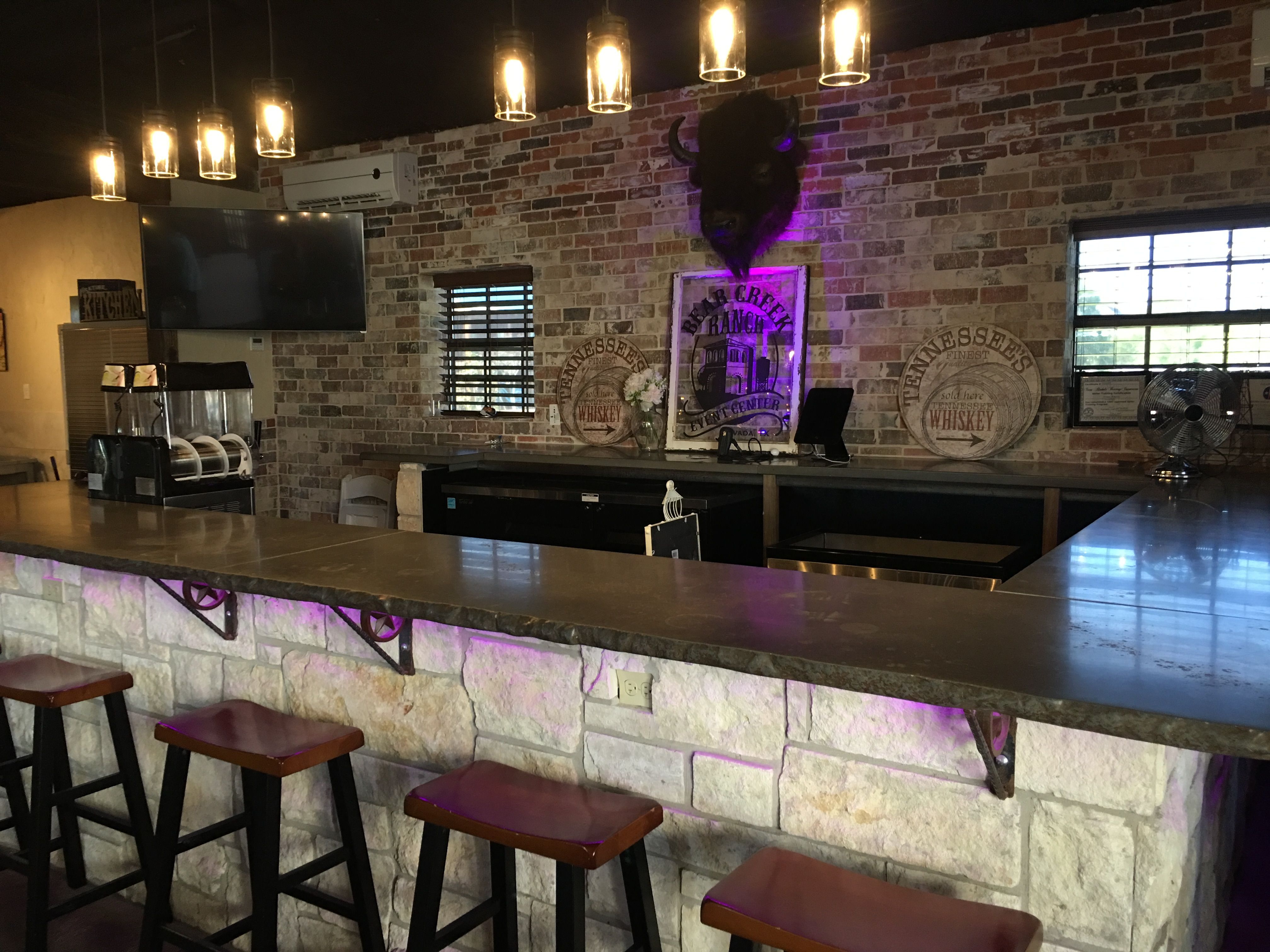 Bear Creek Country Kitchens Custom Bar At The Bear Creek Ranch In Nevada Tx Rustic Venue