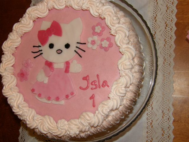 Hello Kitty cake ^-^