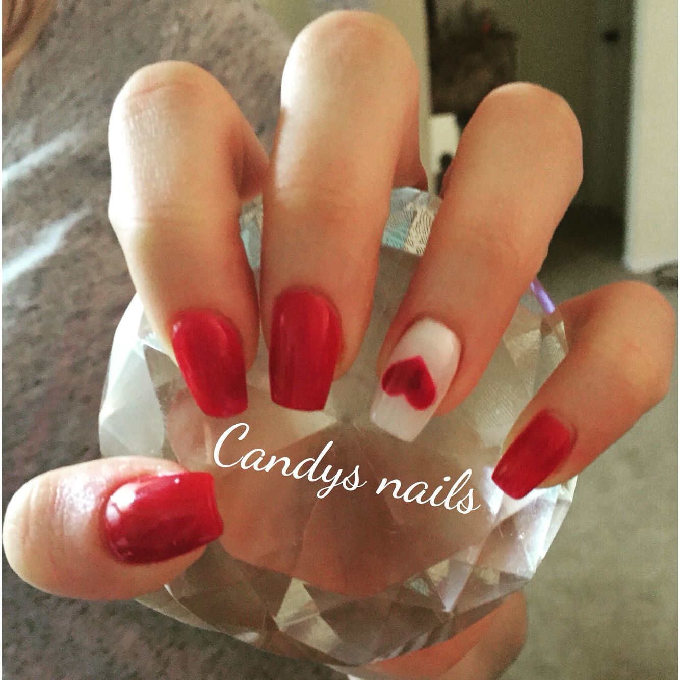 Valentine S Day Coffin Shaped Acrylic Nails Valentines Nails Coffin Shape Nails Short Coffin Nails Designs