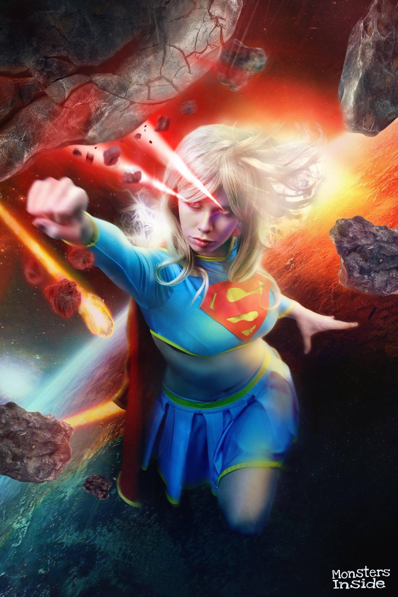 Character: Supergirl (Kara Zor-El) / From: DC Comics 'Supergirl' & 'Action Comics' / Cosplayer: Florencia Muir (aka Florencia Sofen Cosplay, aka FioreSofen) / Photo: Monsters Inside - Studio