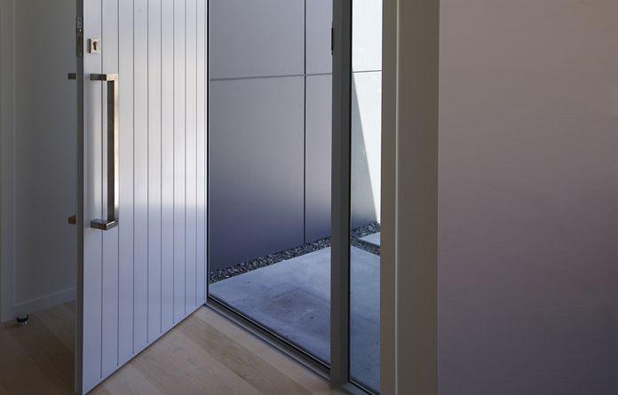 Entrance - Fletcher Aluminium - NZ Premium Systems, Innovative ...