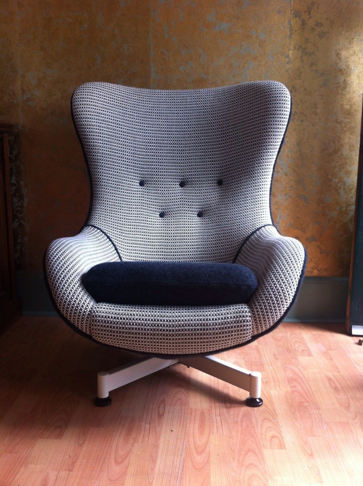 Original S Thomas Greaves Egg Chair Mid Century Mod - Parker knoll egg chair