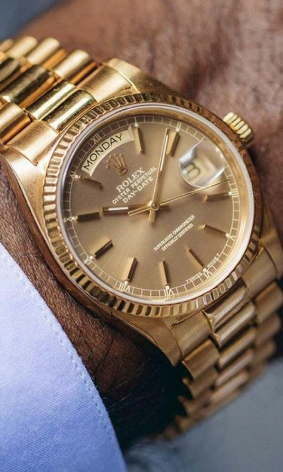 Awesome rolex watches for men with full day calendar. This watch has self winding automatic mechani