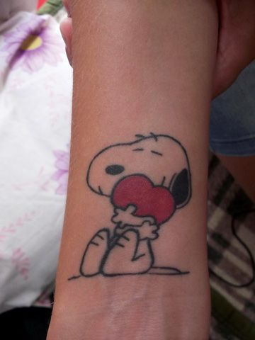 Snoopy Tattoo Marg Snoopy Tattoo Tattoos Forearm Tattoos