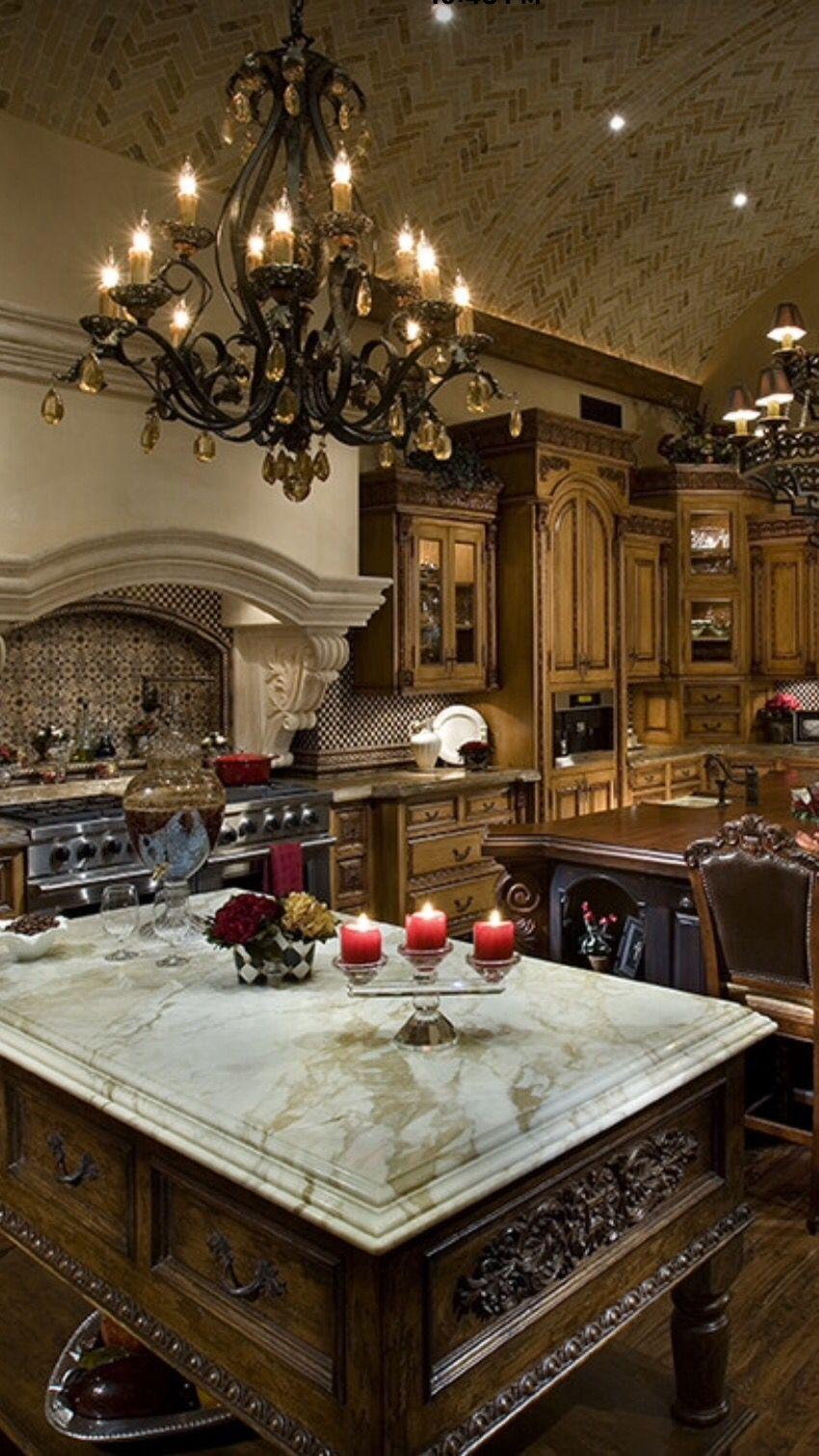 luxury interior design via houzz luxurydotcom kitchens with images luxury kitchens on kitchen interior luxury id=32197