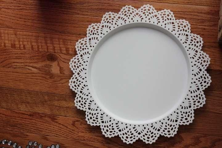 10 Lace Chargers Charger Plates White & White 10 Lace Chargers Charger Plates Reception Decoration ...