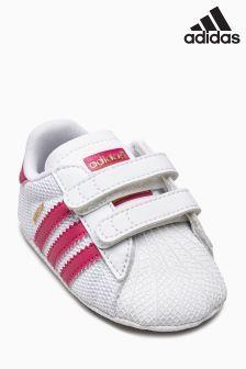 31ed3cd0cbe adidas Originals Superstar Crib Shoe (950337) | kr300 Babyskor, Flickskor,  Adidas Originals