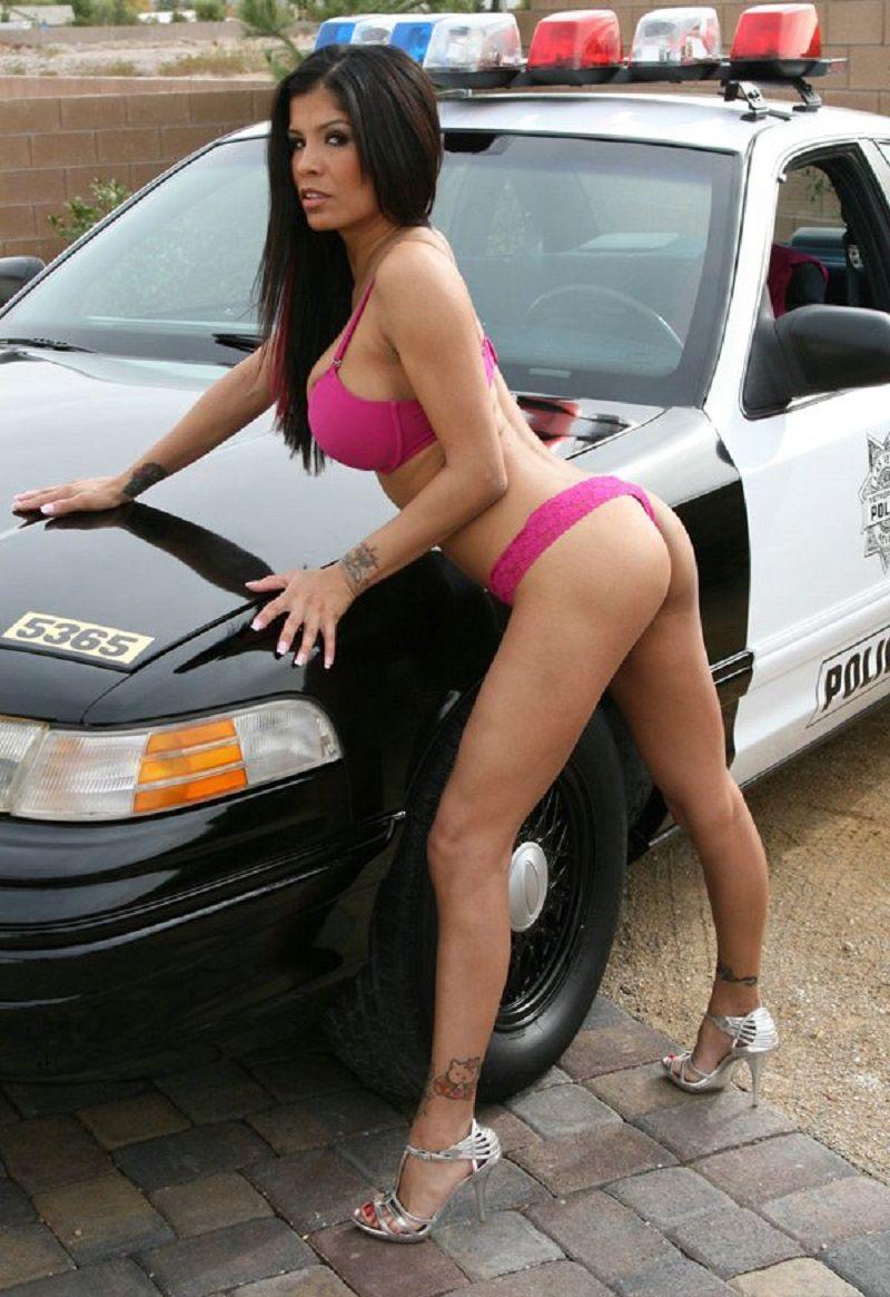 car big boobs