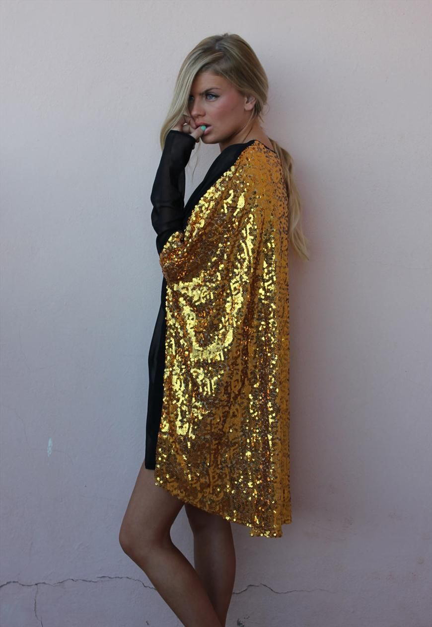 80c5bae73a1ef Love the Gold. Sequin shirt-cape