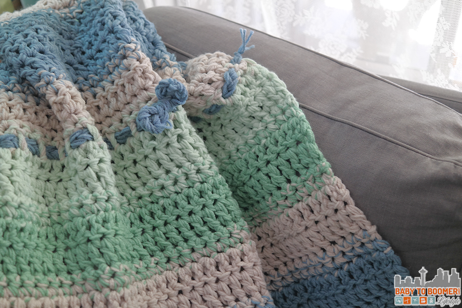 Free Pattern: Fast and Easy Crochet Throw (2 Stripe Options) | Pinterest