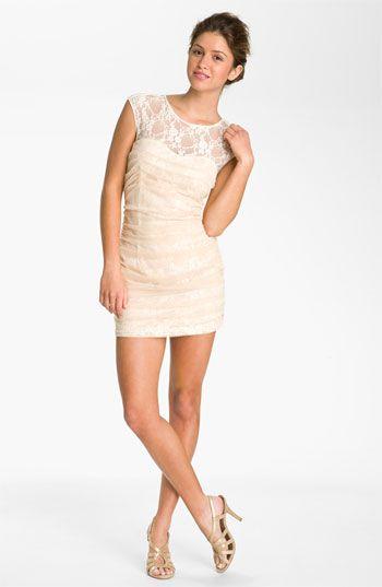GAAHHHH! Can I have it PLEEEAASSE?? En Crème Lace Illusion Dress (Juniors) | Nordstrom