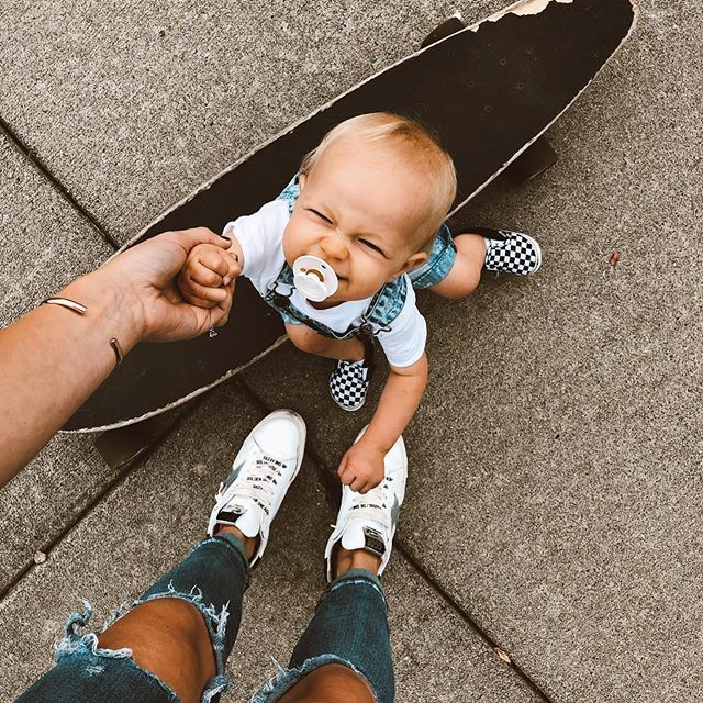 baby + longboard = adorable munchkin!  #babies #family #parenthood #feminine #li... - #adorable #Babies #baby #Family #Feminine #Li #longboard #munchkin #parenthood #babynamesboy