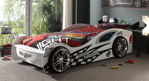 weißes autobett mit motorsport-motiven und verchromten felgen, Hause deko