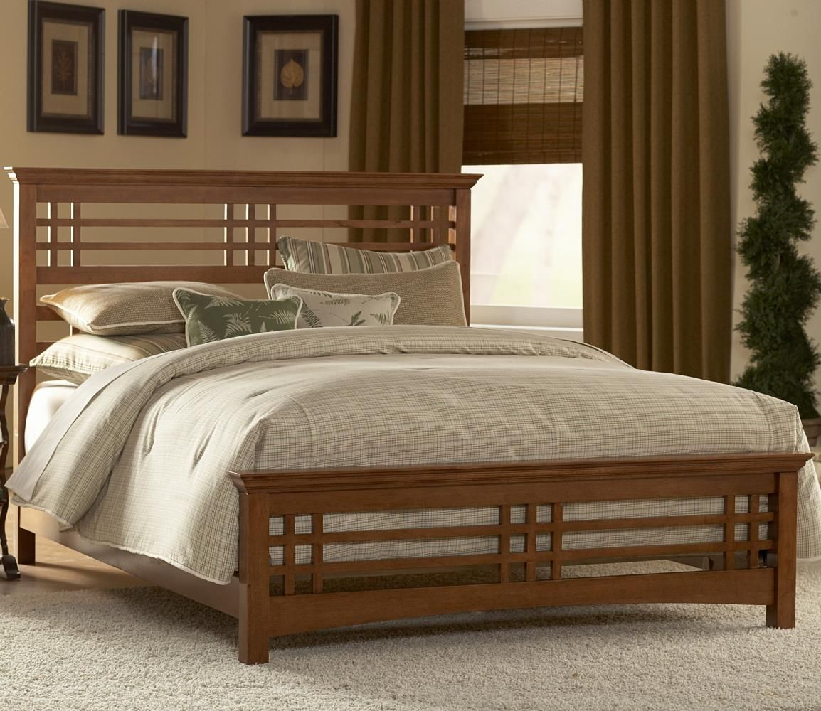 King Avery Wood Bed Bedroom