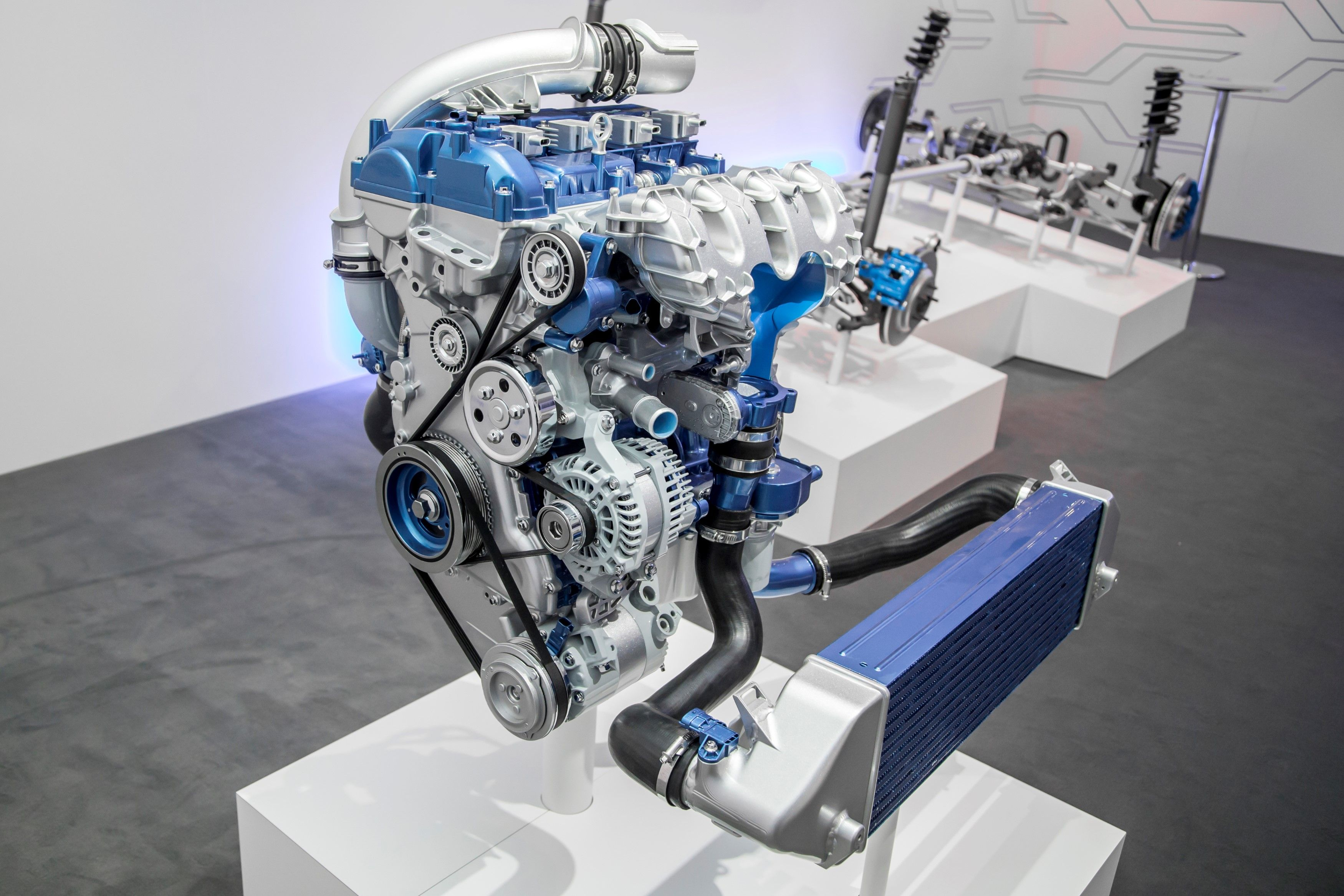 2.3l DOHC D.I. turbocharged 4 cylinder EcoBoost for 2016 Ford Focus RS.
