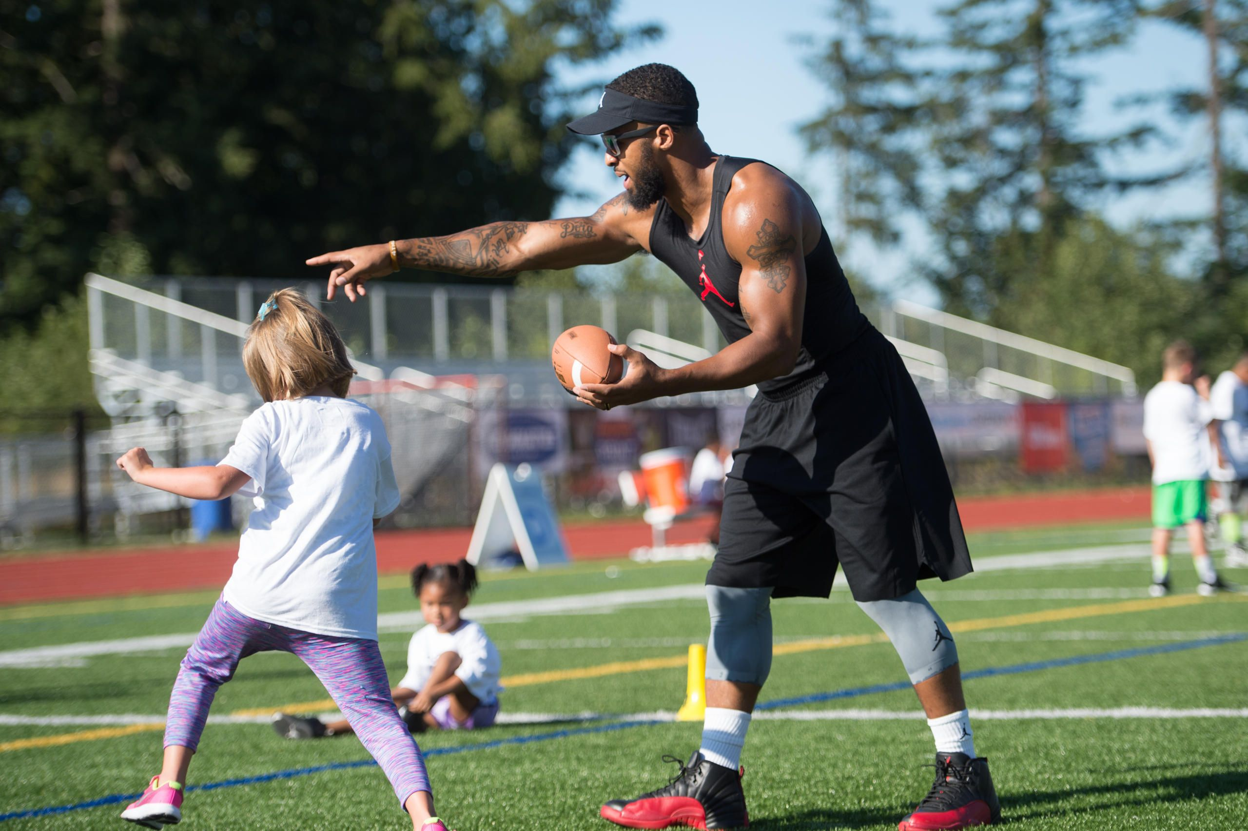 Seahawks Free Safety Earl Thomas Hosts Football Camp For