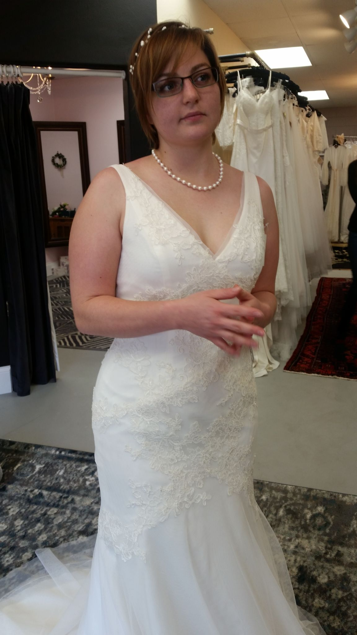 fcb554989933 Vera Wang White VW351021, $550 Size: 10 | New (Un-Altered) Wedding ...