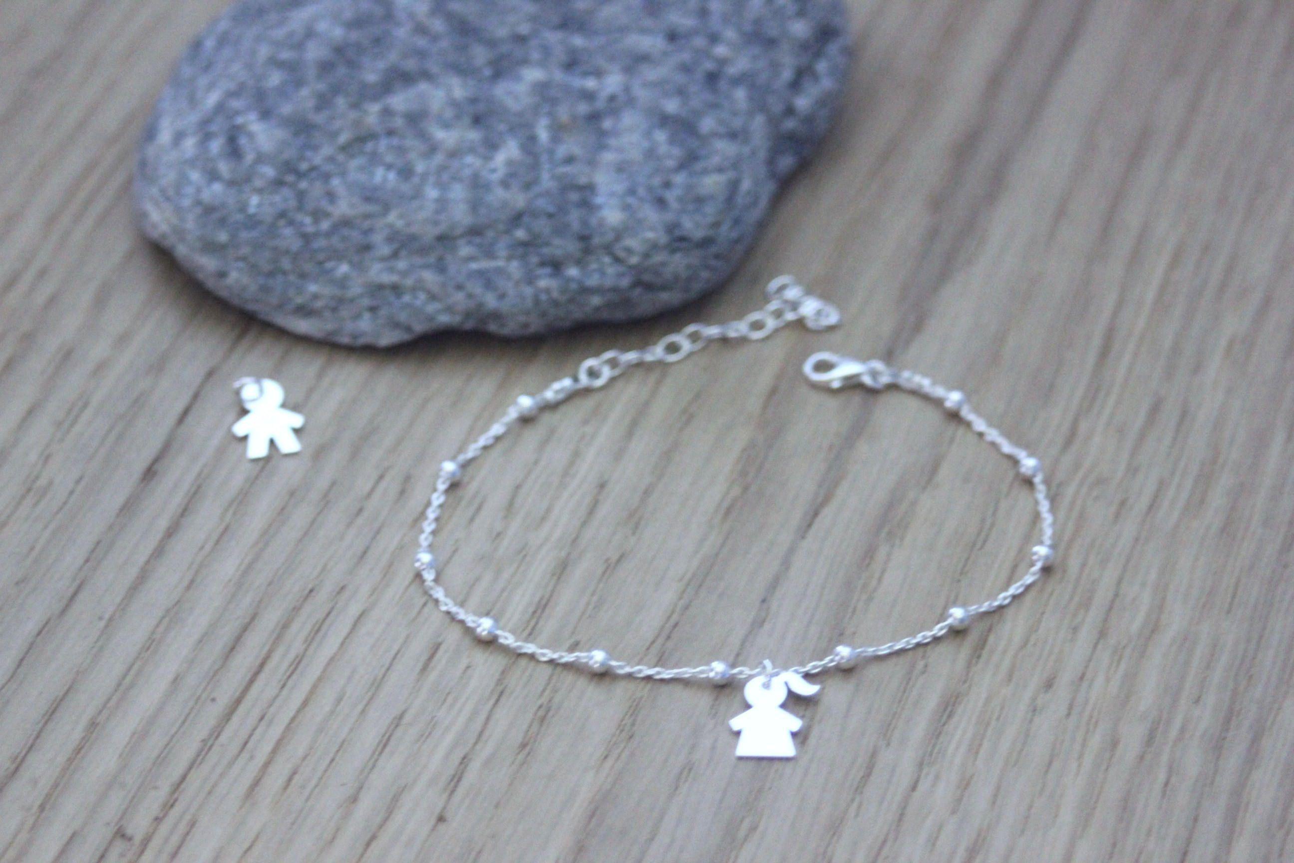 Bracelet argent massif 925 avec 1 breloque petite fille ou petit garçon ,  bracelet fin en
