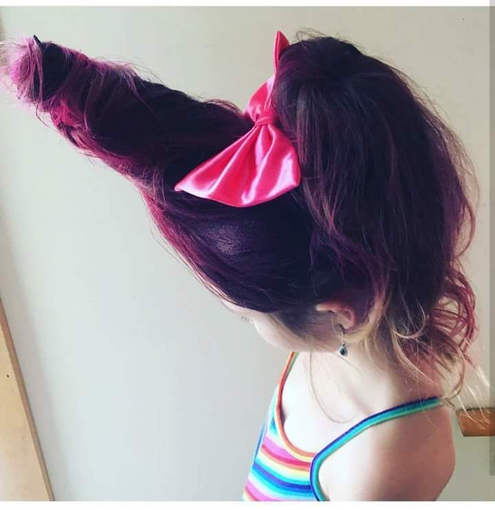 40 Fabulous Girl Halloween Hair Ideas to Try this Halloween