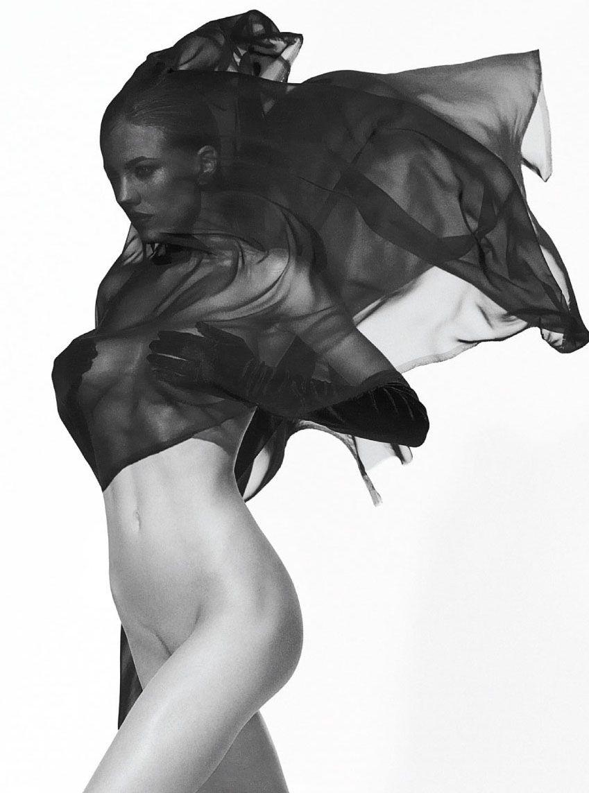REDDIT Isabelle Adriani - 2019 year