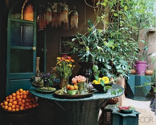 garden or cafe