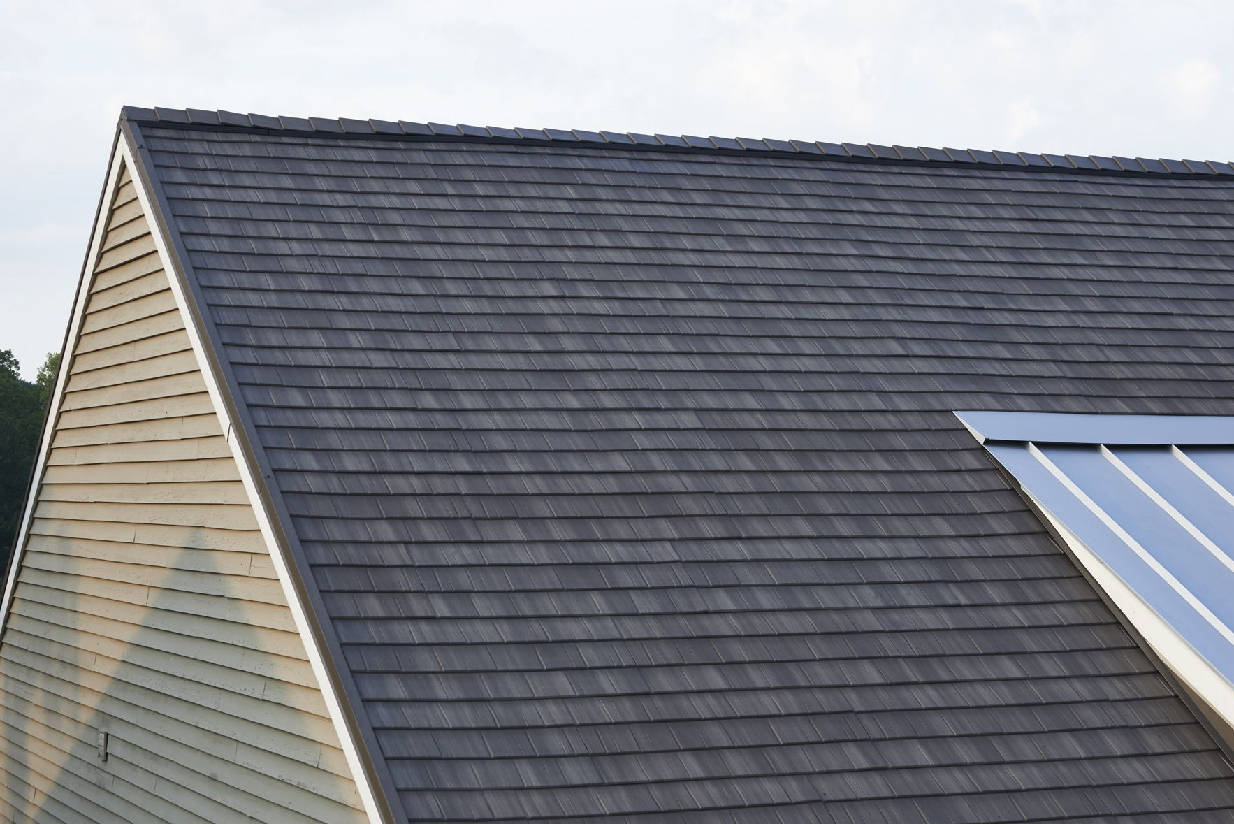Roofing Kalamazoo Roof Repairs Roof Replacement Augusta Richland Mi Roofing Metal Roof Roof Solar Panel