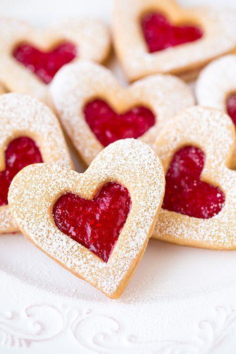 sablés de noël confiture de fraise …   pinteres…