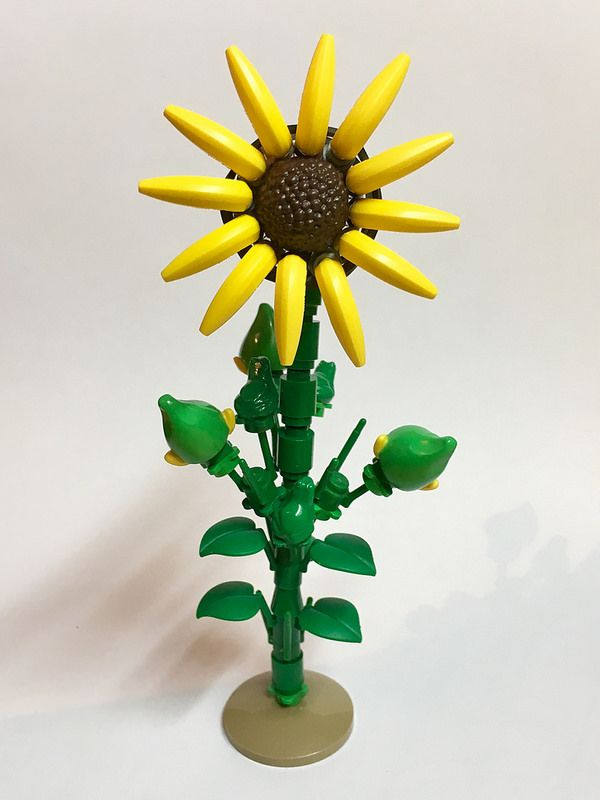 LEGO Flowers built using bananas, Bart Simpson's head and a croak of green frogs | The Brothers Brick