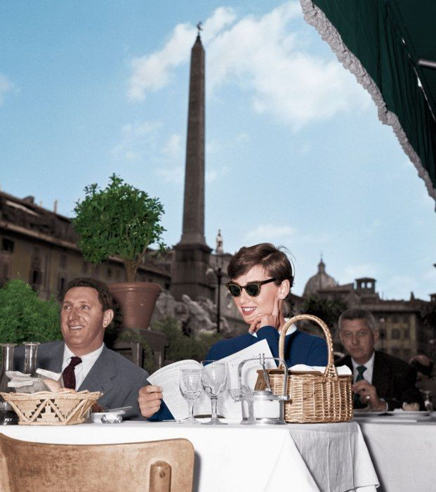 Photos: Audrey Hepburn's Roman Street Style   Vanity Fair