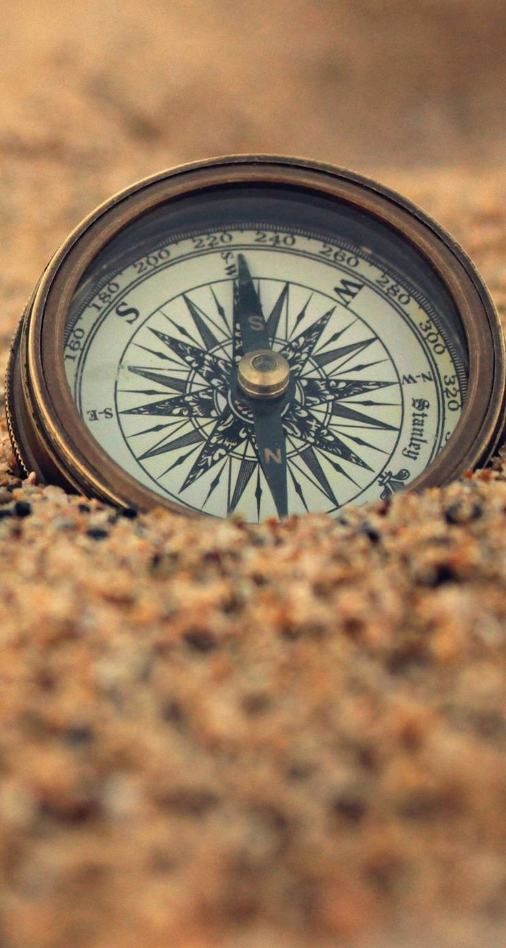 compass in the sand iphone wallpaper | classic, antique, pirate