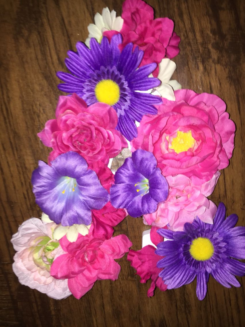 Hot Glue Fake Flowers To A Cheap Wooden Letter For Cute Diy