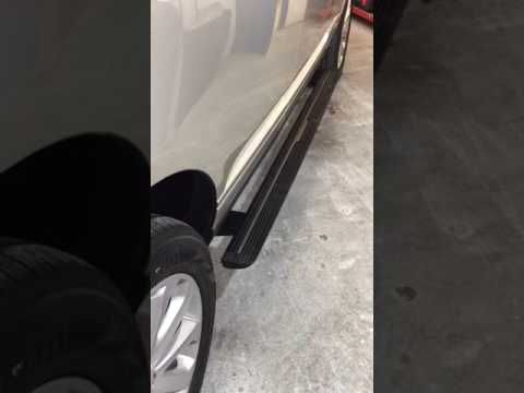 Direct4x4 Land Rover Range Rover Vogue L405 Deployable Side Steps Video Also Available For The Range Rover Sport F Range Rover 4x4 Accessories New Land Rover
