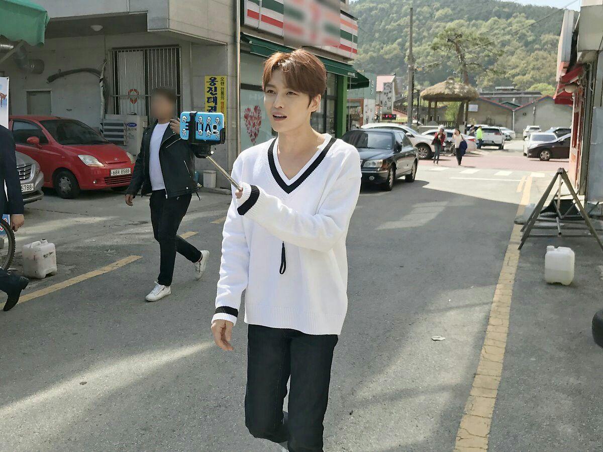 Kim Jaejoong vlive update 😍❤❤