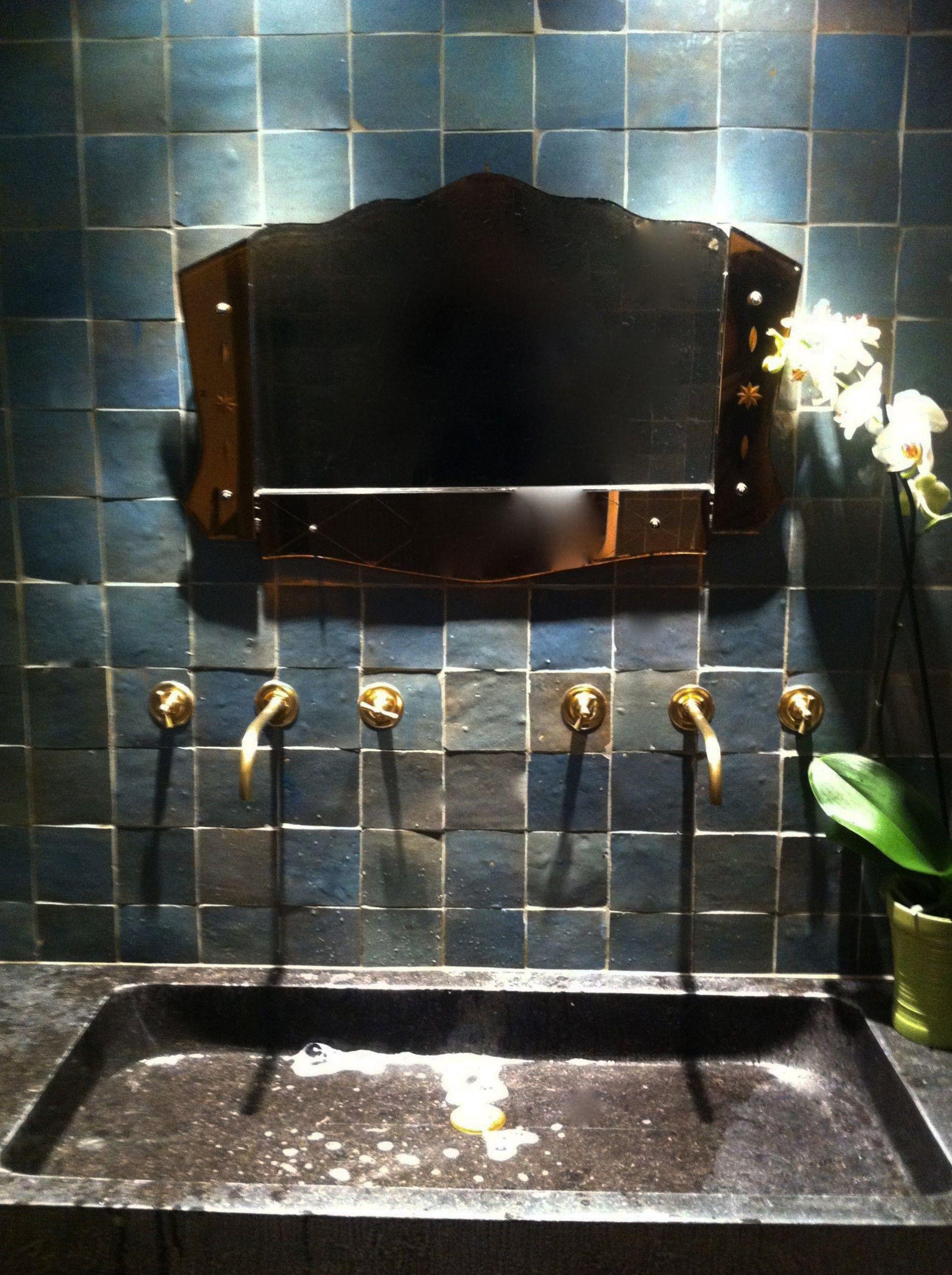 Mur de salle de bain en Zellige - Art et Sud Déco | Cuisine ...