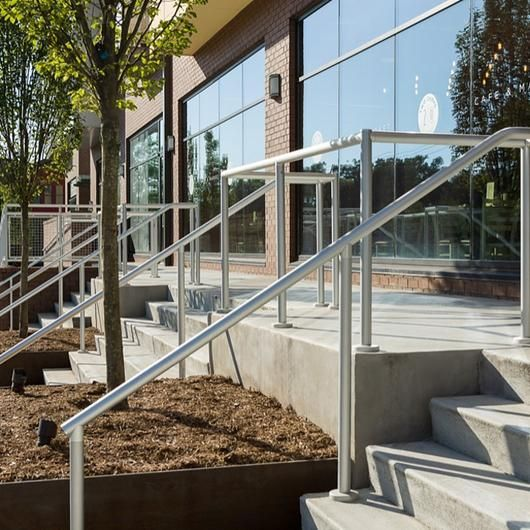 Hollaender® Railings in Residential Applications (With ...