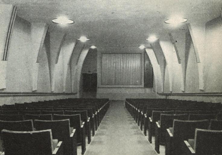 AXAn elokuvasali avaamisen aikoihin. Kinolehti 2/1938