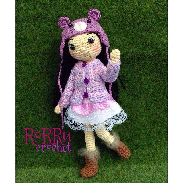 Hai there... It's amigurumi doll, Julia with new style ☺️belongs to Mommy @vitaaaaaaaa thank you.... #amigurumi #crochet #crochetdoll #doll #amidoll #handmade #instacrochet #hakken #girl #cute #purple #friends #toys #boneka #bonekarajut #rajut #rajutan #rorrucrochet #Padgram