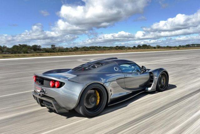 worlds fastest texan hennessey venom breaks bugatti speed record venon gt nasa