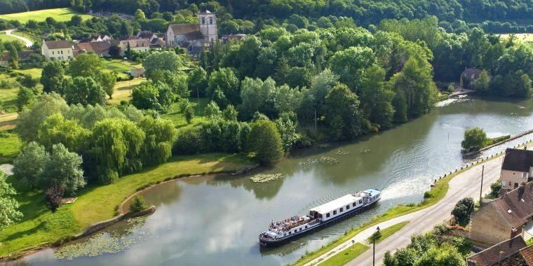 Luxury Hotel Barge Cruise Videos   European Waterways