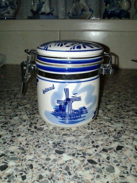 Kleine voorraadpot Delfts blauw Holland.