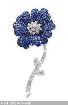 'MYSTERY-SET' PAVOT BROOCH sold by Christie's, Geneva, on Wednesday, May 12, 2010