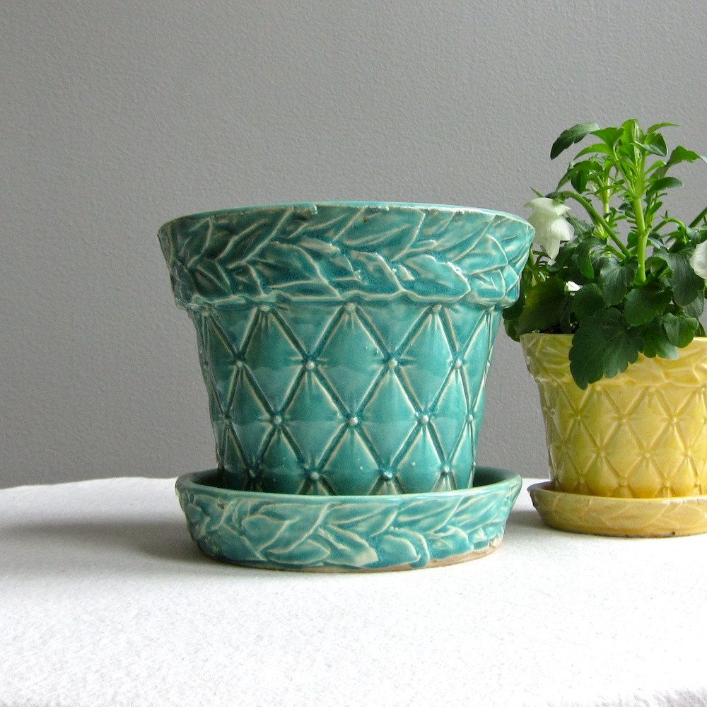 vintage mccoy green quilted pottery flower pot - large | pottery