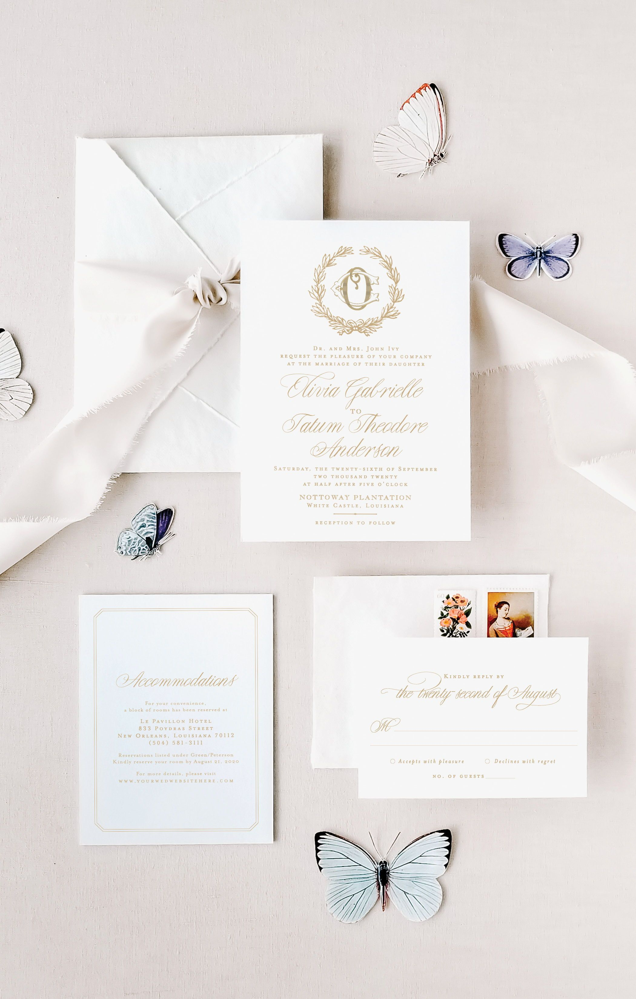 Classic Wedding Invitations In 2020 Classic Wedding Invitations Floral Wedding Invitations Watercolor Floral Wedding Invitations