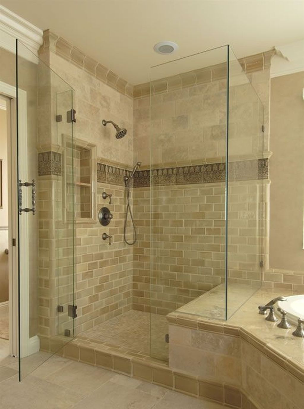 30 Beautiful Master Bathroom Remodel Design Ideas In 2020 Bathroom Remodel Master Bathroom Remodel Designs Bathrooms Remodel